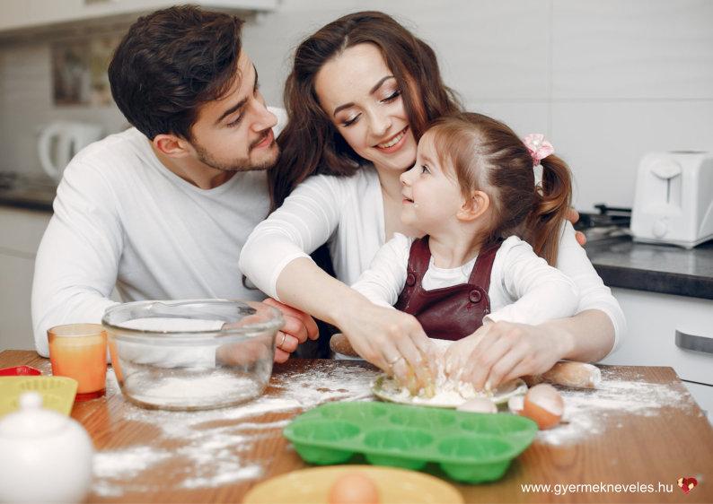 Extra gyermeknevelési lehetőségek - Karácsony