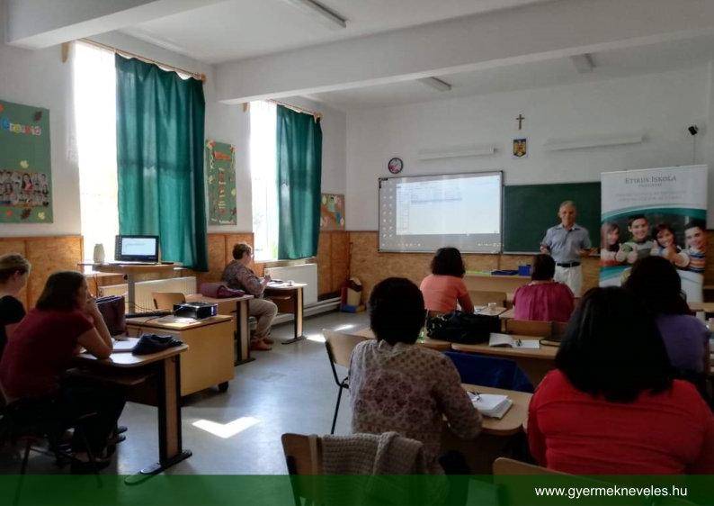 Iskolai Elfogadás Program Erdélyben / Virágozz és prosperálj Alapítvány